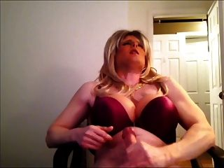 blonde DWT jerkoff