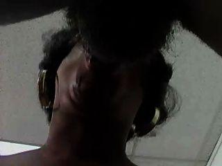 schwarze Küken mit großen Titten -prt-