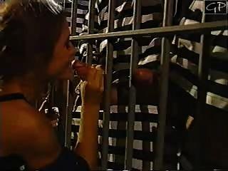 Chasey Lain Gefängnis
