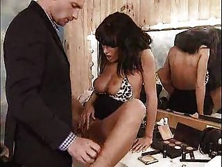 anita hart gefickt in ihrer Garderobe ... f70