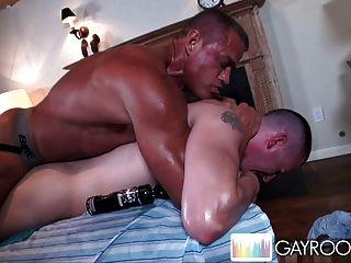 ölig Streicheln Esel massage.p9