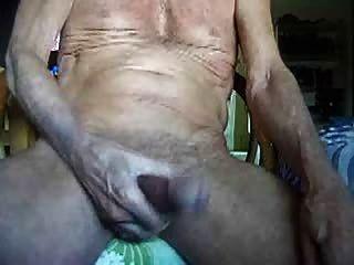 75 Jahre auf Masturbieren