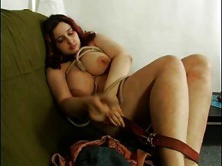Fett mollig ex gf einen Holzstab in ihre haarige Muschi Einsetzen