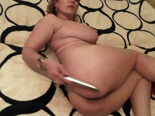 sexy reife Blondine