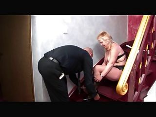 Deutsch Mutter gefickt auf Treppen