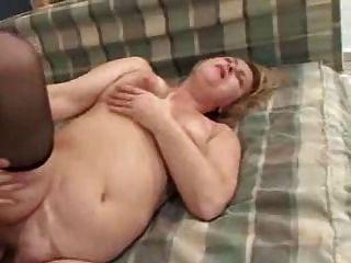 un jeune homme seduit sa grande-mere von clessemperor