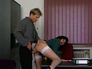 reifen Sekretär wird gefickt