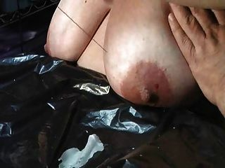 katie Titten Folter