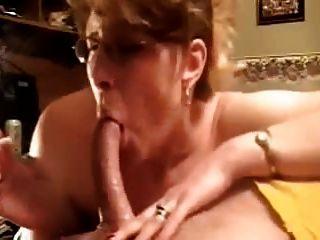 sensationell tiefer Oralsex Blowjob von reifen Amateur-Frau!