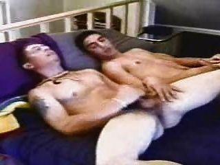 dakota & Karod: 2 gerade militärische Jungs jo zusammen ...
