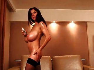 f60 große Brüste Latex Mädchen masturbieren