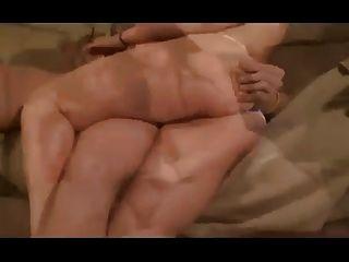 bläst massiven Ladungen Sperma !!