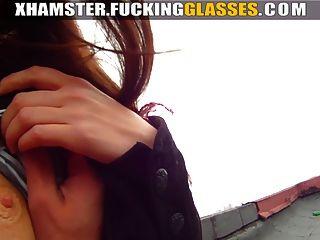 Ficken Brille - Sex auf dem Dach