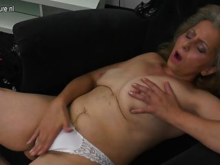reife Mutter masturbiert xhamster beobachten