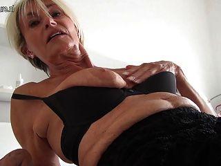 extrem heiß alte Oma