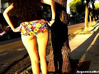 große weiße latino ass upskirt in der Öffentlichkeit! big ass und cameltoe
