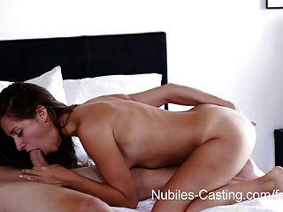 nubiles Gießen - winzigen Tit Babe versucht, für porn hardcore
