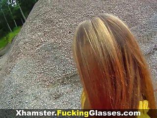 Ficken Brille - auf einer Baustelle gefickt