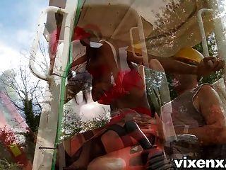 sexy Inspektor katia bubble butt outdoor anal sex