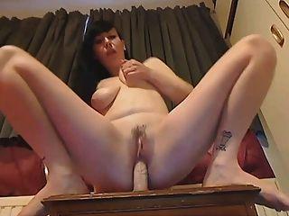 chloe Titten in Webcam Melken