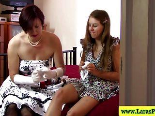 reife brit Lesben saugen Pussy