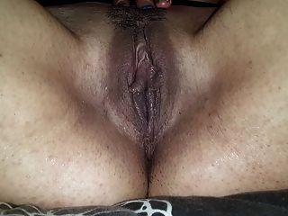 fingern Orgasmus in Netzstrümpfe