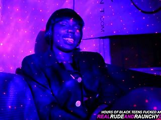 schwarz echte Ghetto Mädchen macht Spaß Gang Bang in der Haube