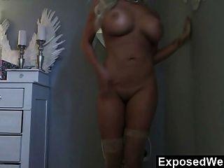vollbusige gisele auf Webcam necken