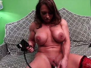 brandimae und ihre Klitoris Pumpe