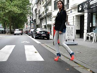 julie skyhigh: Schlampe zu Fuß Öffentlichkeit in GML High Heels & Jeans