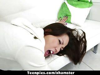 teenpies - Asiatische kalina Ryu knallte und mit Wichse gefüllt