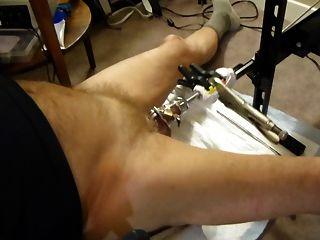 ficken Maschine meinen Schwanz in Keuschheit Käfig klingender