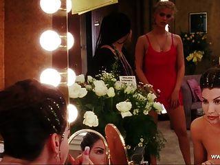 Gina Gershon Oben-ohne-Szene - Showgirls - hd