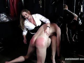 otk Prügel 1 -naughty Jungen bekommen spanked-