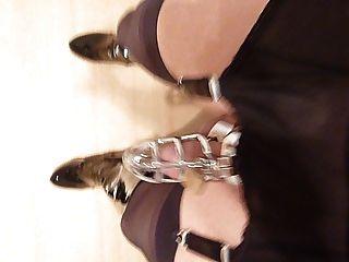 Nylon garderbelt mit Käfig und ballstrecher gehen