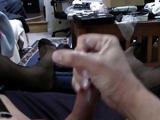 schwarz voll fashioned Strümpfe, Strumpfband und meine zweite cum.