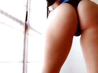 Blase Butt Teen mit perfekten fleischigen Pussy & frechen Tits! Oh mein Gott!
