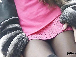 petite salope en Chinchilla fourrure & Strumpfhosen erotische Nackt