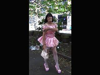 donna Sissy Schlampe öffentlichen Spaziergang