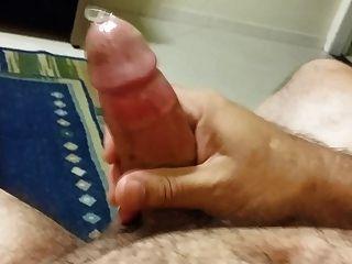 John Butcher cum mit Kondom