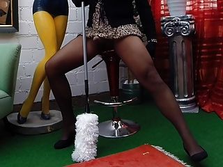 Die geile Raumpflegerin - geile Putzfrau