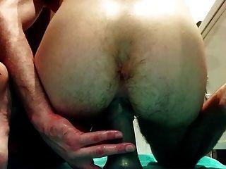 meinen Arsch mit großen Dildos ficken und zu versuchen, zur Faust