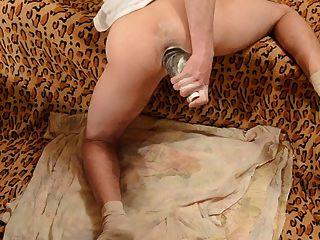 ilkaz anal Training mit Flasche