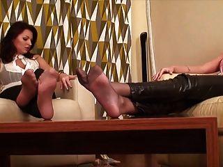 zwei Mädchen sexy Füße & ignorieren Fetisch