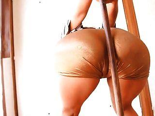 vollbusige Latin Teen mit erstaunlichen ass & cameltoe! perfekter Körper!