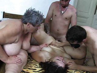 oldnanny mollig alte Dame, mollig reife und zwei Jungs