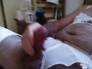 cd DWT Höschen und Unterwäsche wichsen im Bett
