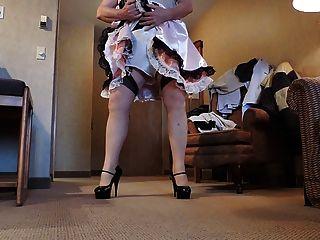 Sissy ray in rosa Sissy Kleid und weißen Höschen