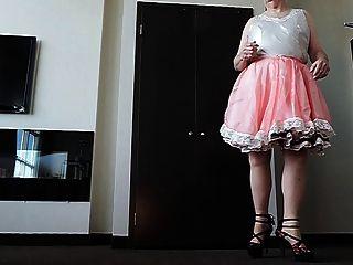 Sissy ray in rosa Kleid Sissy 2