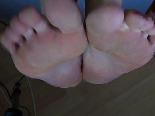 batmanni, Zehen, Füße